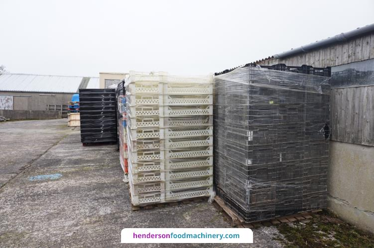 Pallets of Bread Baskets Boxes and Crates £1200