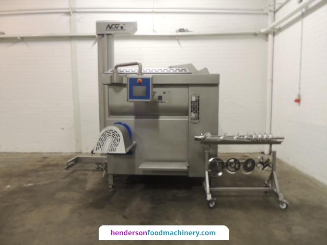 "<img src=""/images/logos/n&n.jpg"" alt=""logo"" align=""right"" class=""manlogo"" />N&N Nadratowski MG 900/200 Mixer Grinder With Tote Bin Loader"